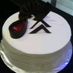 CakesNCakes Vanilla With Strawberry Cake