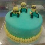 CakesNCakes Sweet Minions Cake